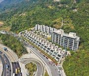 嘉里旗下筆架山龍駒道豪宅緹山提供45伙,由分層大廈、別墅及洋房組成,面積最大別墅達7171方呎。(賴俊傑攝)