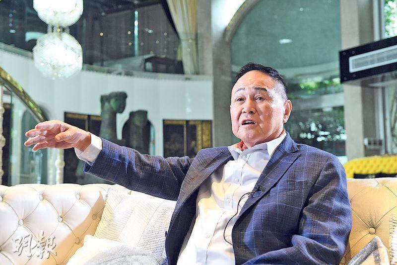 卓能集團主席趙世曾(圖)認為,香港雖然是國際大都會,但在高爾夫球會發展與世界其他大城市相比,比例屬相當小;他更反對收回粉嶺高球場。(劉焌陶攝)