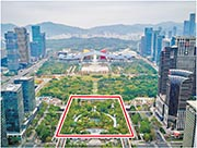 新怡景商業中心(紅框示)在深圳地鐵羅寶線及龍華線交界的會展站,距福田高鐵站約5分鐘步行時間。