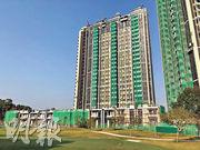 韓家輝表示,毗鄰粉嶺高球場的豪宅高爾夫‧御苑,部署第三季以現樓形式,推售餘下290多伙餘貨。