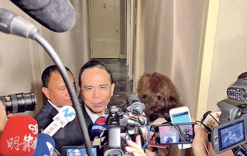 長和系主席李澤鉅(圖)昨出席港區全國政協小組會議,未有透露集團投資大灣區計劃。