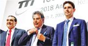 創科行政總裁Joseph Galli(左)指,公司目前正專注升級越南新廠房產能,暫無意在亞洲其他地區設廠。圖中為主席Horst Julius Pudwilll,右為副主席Stephan Pudwill。