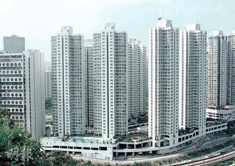 荃灣荃景花園10座高層H室,實用551方呎三房連套房戶,以約720萬元沽出,實呎13,067元,逼近去年高位。(資料圖片)