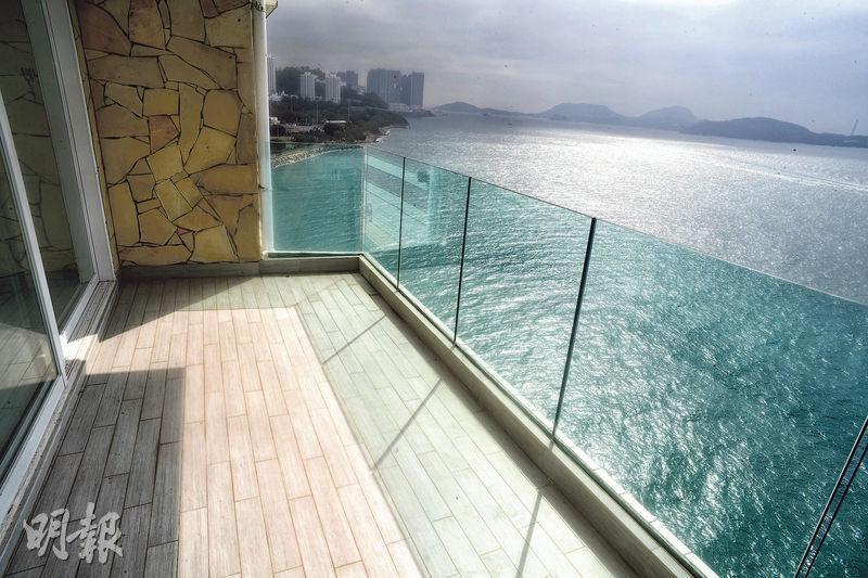 露台是觀賞南區海景的最佳位置。(劉焌陶攝)
