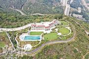 據代理指出,洋房花園面積最大達2萬方呎。市傳景觀最佳的A號屋(暫名),已獲香港興業家族成員保留自用。(賴俊傑攝)