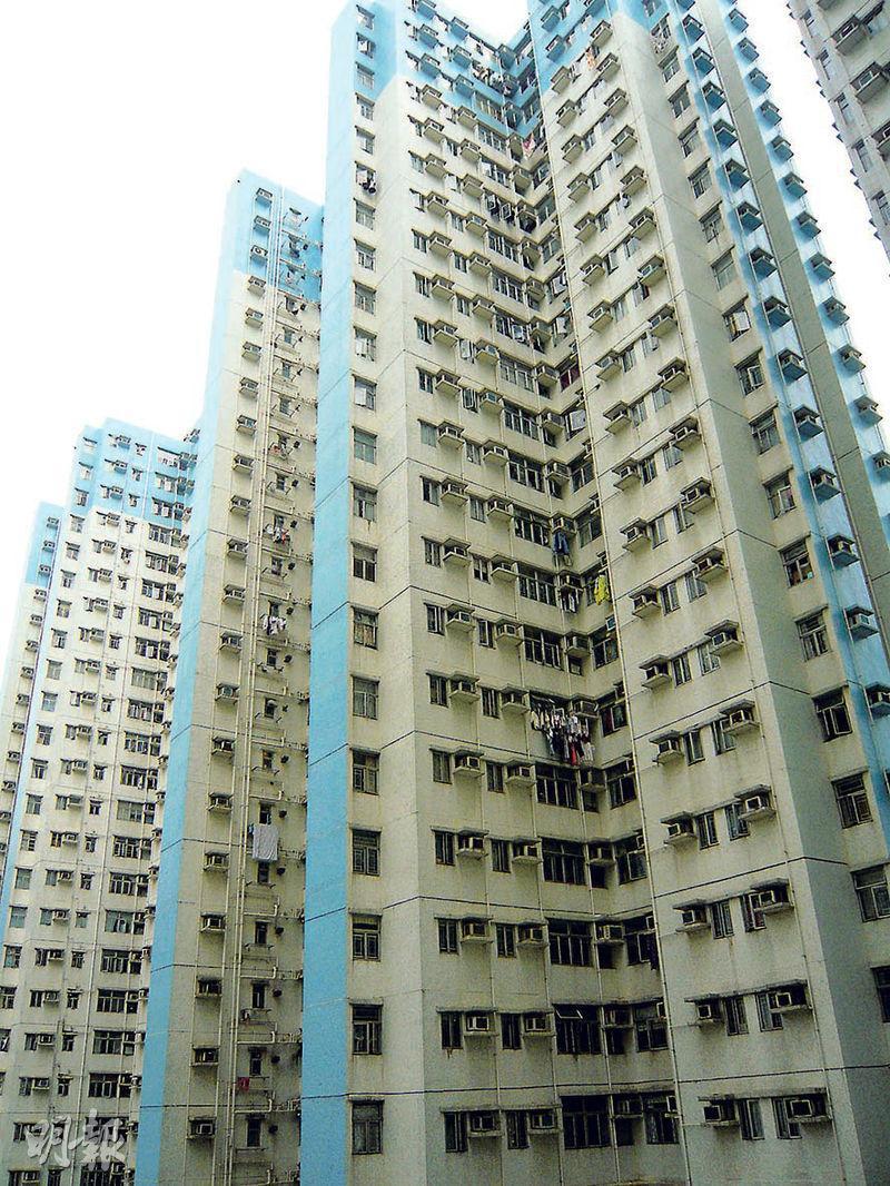 屯門富健花園,有兩房單位以實呎9049元(未補地價)獲白居二買家購入,創屯門區未補地價新高。(資料圖片)