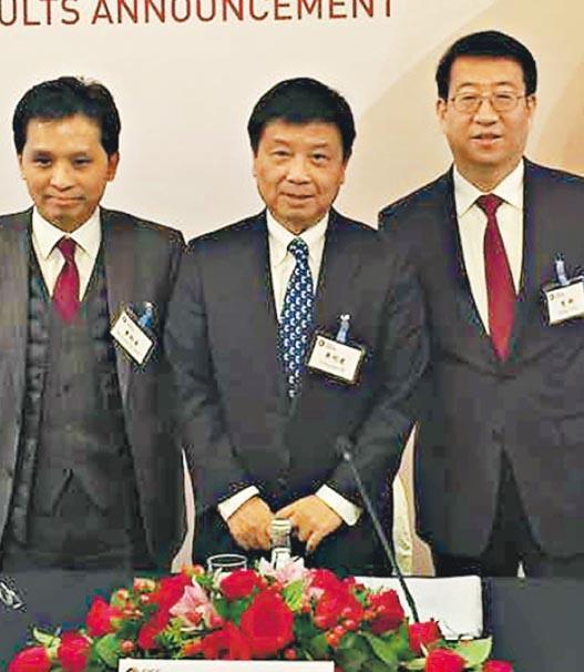 中國國際金融首席執行官畢明建(中)指出,外資令內地證券市場更規範及專業,促進市場發展,相信業界的看法會愈來愈正面。