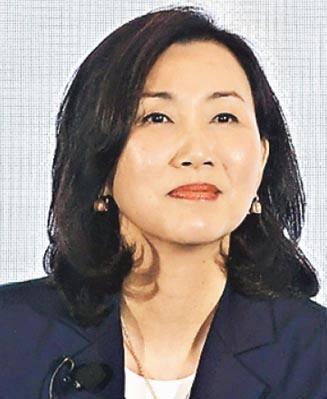 渣打香港行政總裁禤惠儀