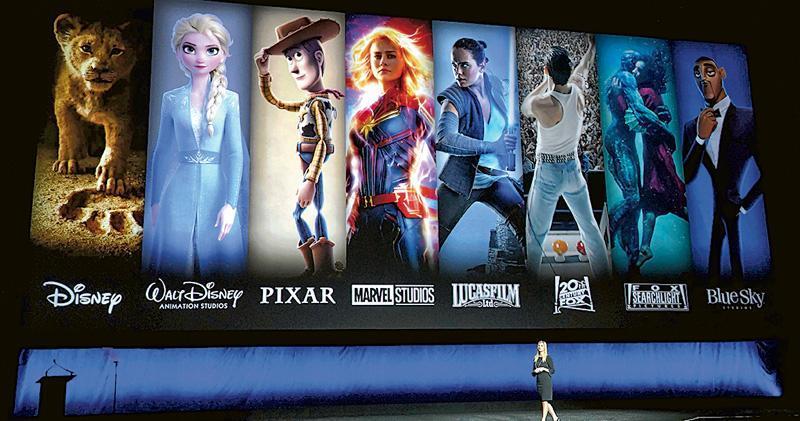 迪士尼上周五宣布推出Disney+,刺激股價創下130.73美元的歷史新高,Disney+頭炮製作Marvel系列、反斗奇兵和星球大戰角色的片集獨家播放。(法新社)