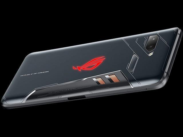 傳騰訊伙華碩推電競手機ROG Phone II 7月發行