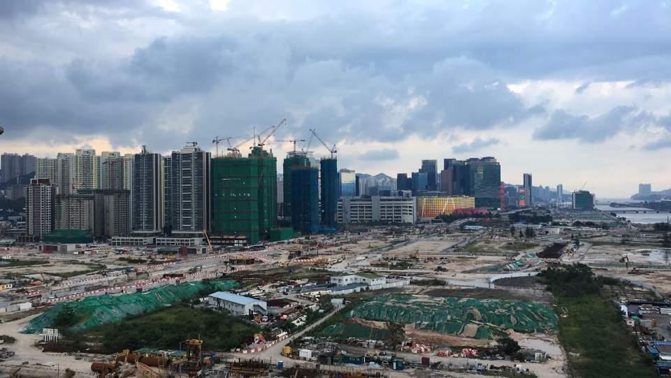 萊坊:相信大部份發展商對後市有信心。
