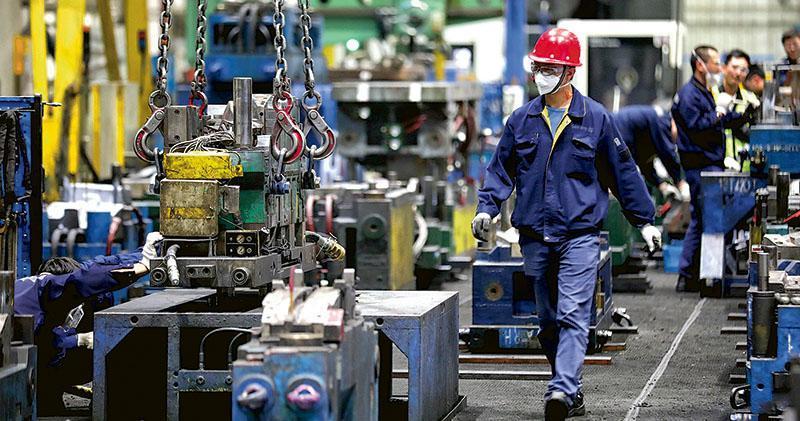 中國上季GDP增6.2%  紀錄新低  6月消費固投回暖  分析:本季料反彈