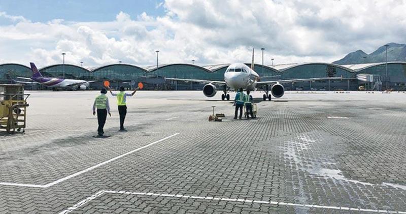 【紓困措施】傳逾70間航空公司聯署要求政府減免航機著陸及停泊費