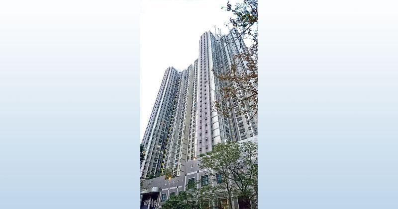 德強苑有3房單位以綠表未補地價748萬元成交。