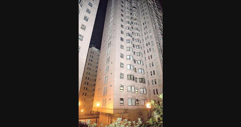 愛都大廈高層戶1.4億 實呎4.85萬雙破頂
