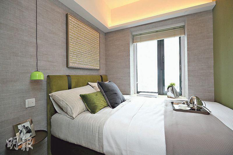 單位間隔四正,睡房可放置雙人牀,並外望開揚景觀,甚至遠眺海景。(曾憲宗攝)