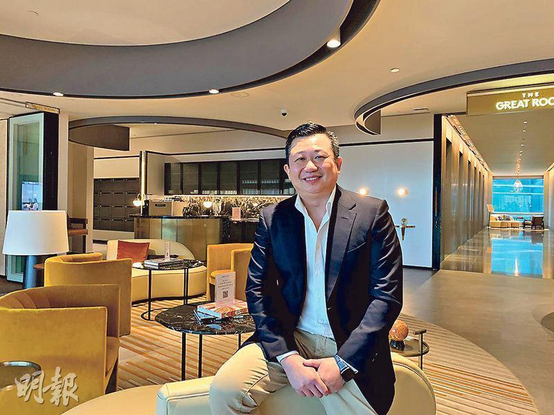 Carousell香港董事總經理葉承浩表示,早前口罩炒賣成風,平台有主動將部分定價離譜的口罩下架。