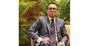 電盈主席李澤楷(圖)昨日向股東提出部分收購要約,以每股5.2元收購約1.54億股,相當於電盈已發行股份的2%。有分析員估計,或是為鋪路將旗下富衛保險注入公司有關。(資料圖片)