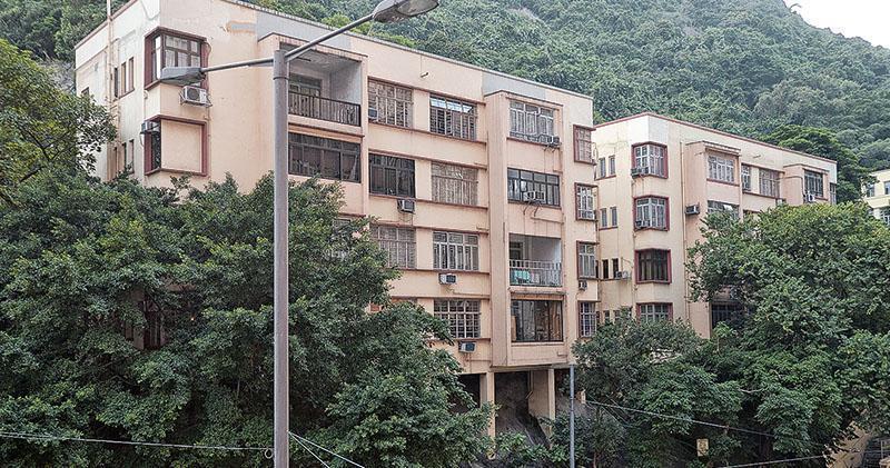 雅居樂柏架山道舊樓批強拍 底價4.5億
