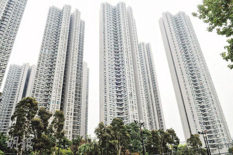 荃灣海濱花園本月首9天已錄得10宗成交,勢將超越上月全月的13宗,平均成交呎價亦按月升約9%至13350元,重返1.3萬元水平。