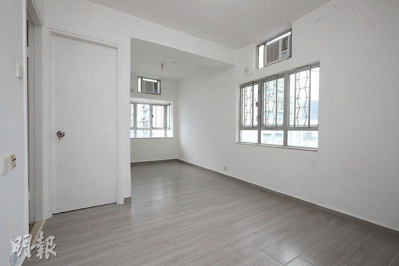位於沙田第一城的49座凶宅單位,已經過翻新,室內採光度亦不俗。