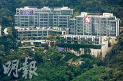 第四季迄今新盤成交暢旺,其中新地港島東半山CENTRAL PEAK,透過招標售出兩伙標準4房戶,成交呎價達7.8萬及8.1萬元,為近日最矚目豪宅成交。(資料圖片)