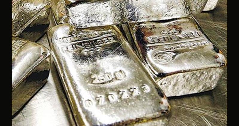 白銀股急吐 中國白銀集團、金貓銀貓瀉兩成