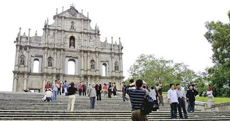澳門旅遊局文綺華料農曆年假期間訪澳旅客日均逾1.6萬人次