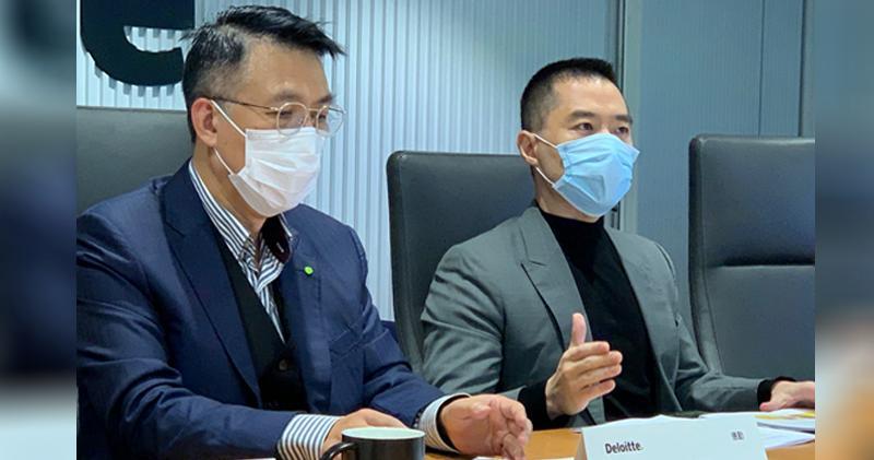 左為德勤中國主席周志賢,右為HKbitEX創始人兼行政總裁高寒。