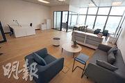 IWG可按租戶需要設計工作室,而租戶更可自由選擇工作室內的家俬。(李紹昌攝)