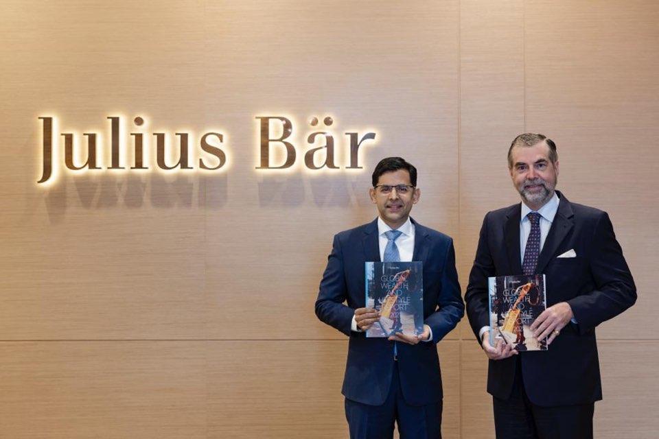 瑞士寶盛私人銀行亞太區市場及財富管理方案部主管Rajesh Manwani(左)、瑞士寶盛私人銀行亞太區研究部主管Mark Matthews(右)
