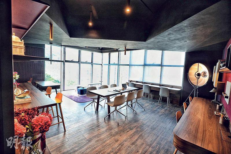 99 COMMONS設有多個示範單位,其中1719室建築面積840方呎,特點是設有轉角落地玻璃窗,可享開揚景觀。(曾憲宗攝)