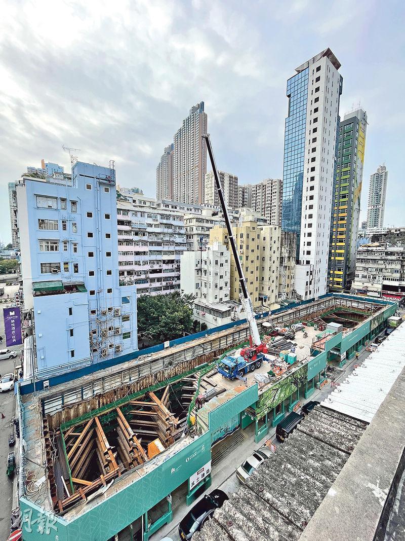 位於山東街的ONE SOHO(圖中地盤)約86%單位為1房戶,樓花期長約27個月,市場預計客源主要為上車客及長線投資者。(鄧宗弘攝)