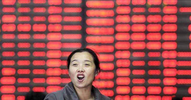 内地股市半日回升 滬指曾逼近3500點大關