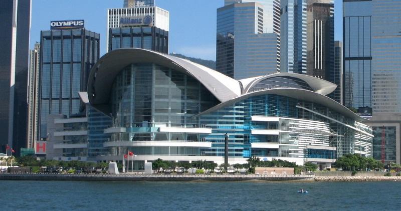 彭博:全球基金撤離港ETF市場 中國基金公司伺機補位
