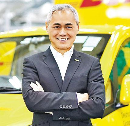 DHL Express香港及澳門董事總經理吳志忠表示,DHL Express擁有自己的飛機團隊,避免了全球商務飛機停飛為物流業帶來的短暫打擊。