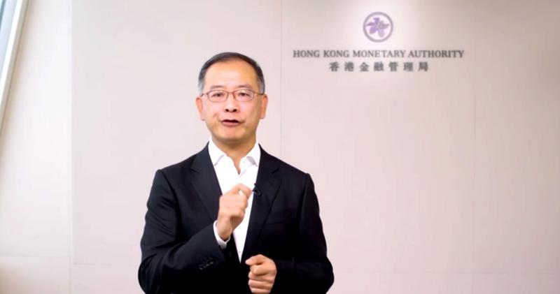 余偉文認為香港銀行較少在風險管理等工作用上合規科技。(網絡論壇截圖)