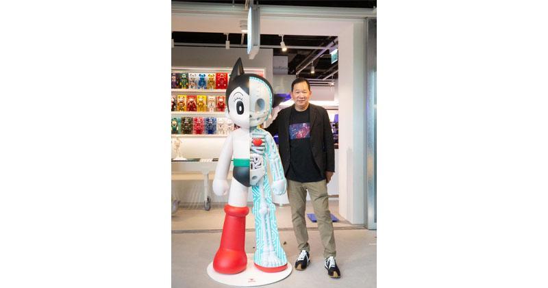 凱知樂朗豪坊概念店首週營業額破100萬元,圖為凱知樂主席兼行政總裁李澄曜出席開幕儀式。