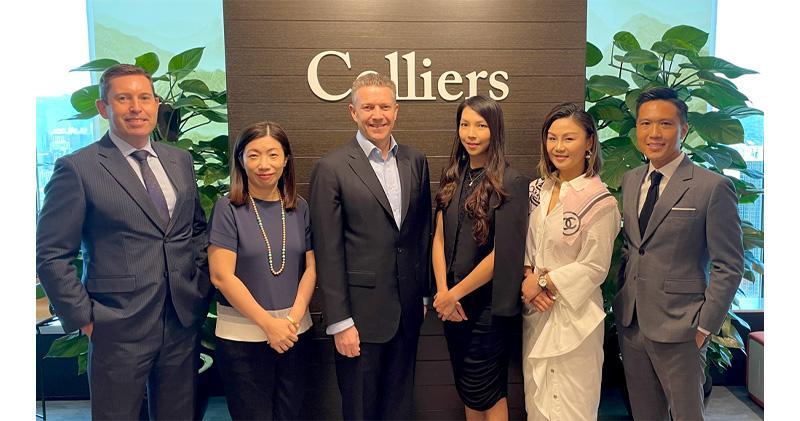 左二為高力香港商業物業服務主管顏慧萍