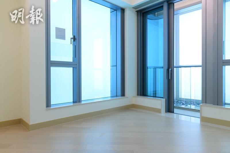 維港滙II 第六座18樓C室示範單位(主人房)(鍾林枝攝)