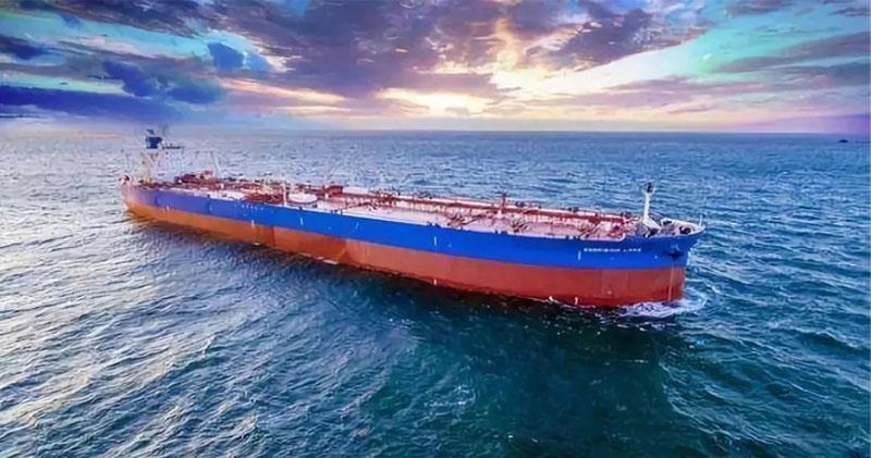 中遠海能發盈警 純利按年挫約8成