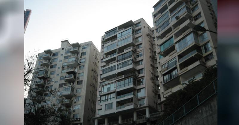 羅便臣花園大廈3房3300萬沽 實呎逾2萬雙破頂