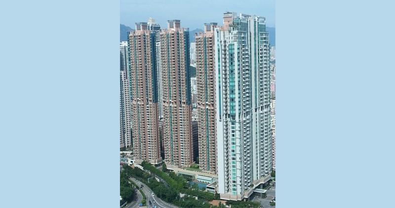 君匯港3房2100萬沽 實呎25424元破頂