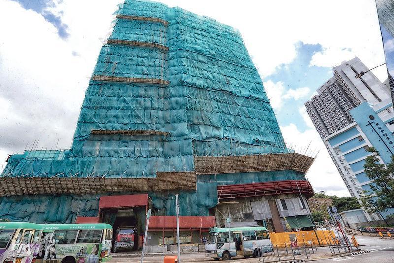 薈藍樓花期16個月,預計最快明年12月可入伙。(李紹昌攝)