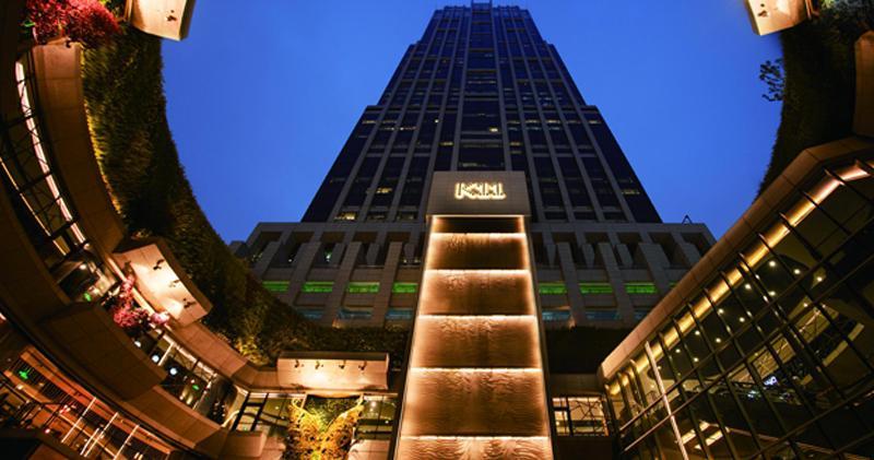圖為上海香港新世界大廈。