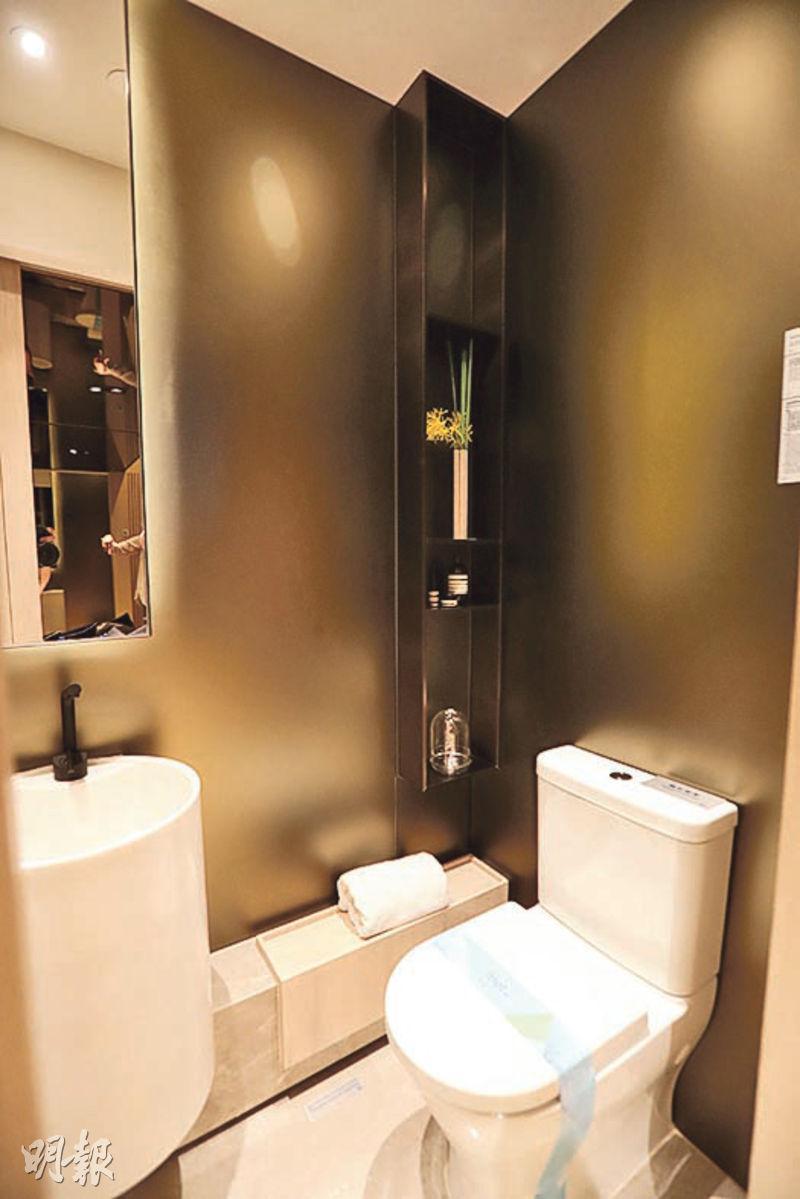 薈藍開放式單位浴室不設通風窗戶。(李紹昌攝)