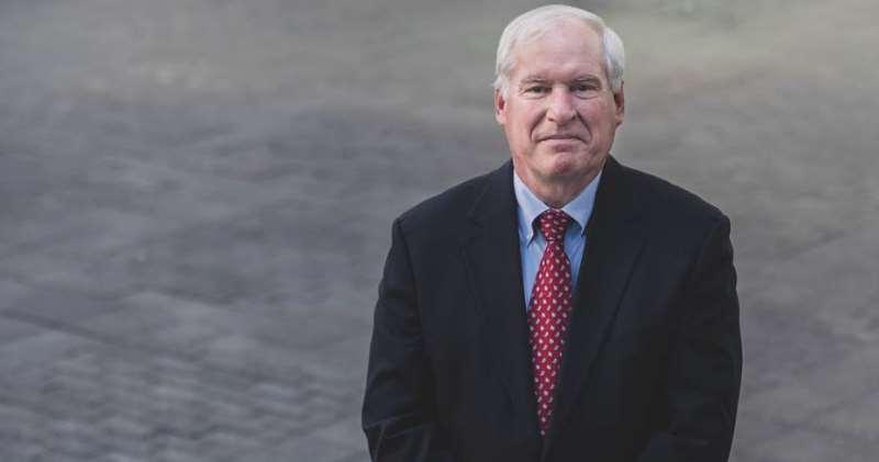 波士頓聯儲銀行總裁羅森格倫(Eric Rosengren)宣布提早退休。