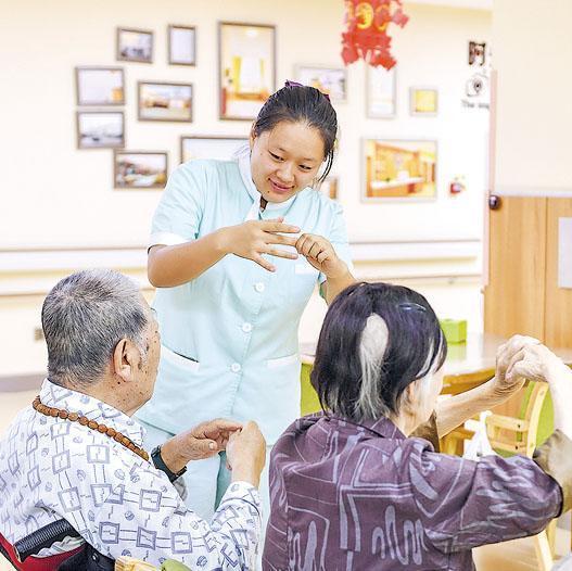 內地正面對人口老化,由此帶來的醫療產品及服務需求與日俱增。
