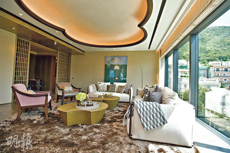 皇第3、5樓A室複式全新示範單位,實用面積4078方呎,設計融合日式和法式風格;發展商會以連裝修家具形式招標發售。(黃志東攝)