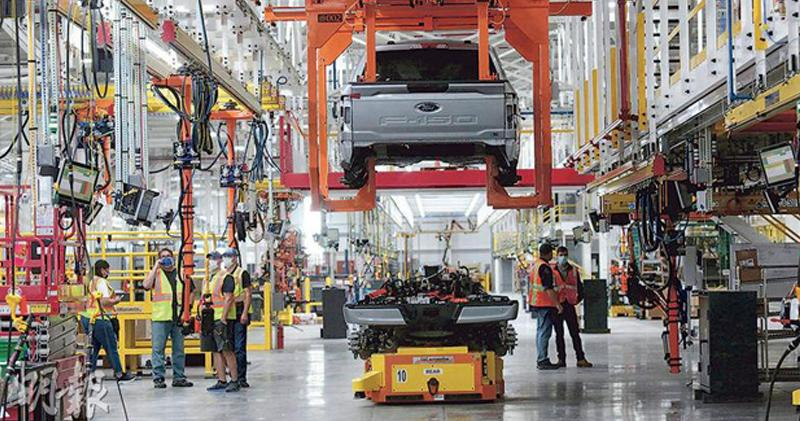 晶片短缺加劇 瑞銀下調全年全球汽車產量預測至7680萬輛